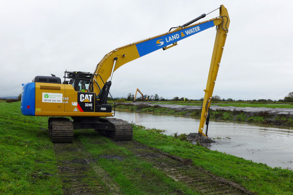 Contractors Land and Water dredging the Cripps River for Somerset Rivers Authority, not far from Gold Corner Pumping Station.